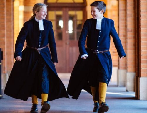 Pros and Cons of Wearing School Uniforms